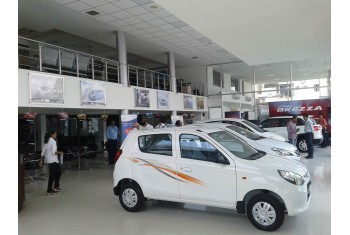 Amar Cars Gorwa Showroom - Interior - 1