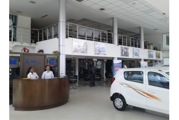 Amar Cars Gorwa Showroom - Interior - 2