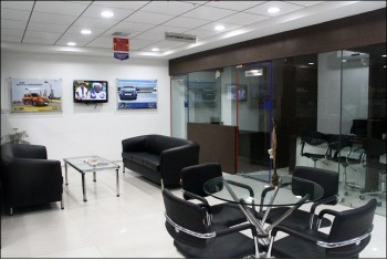 Amar Cars Karelibaug Showroom - Interior - 3